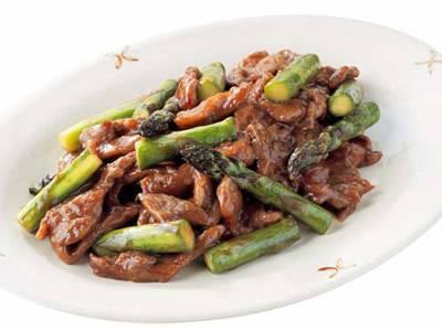 牛肉とアスパラのオイスター炒め レシピ 清水 信子さん|【みんなのきょうの料理】おいしいレシピや献立を探そう