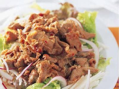 スタミナ焼き肉サラダ