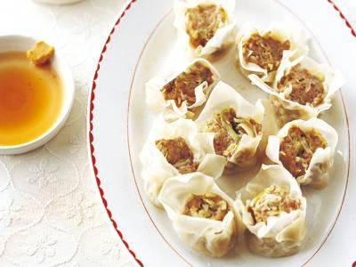 塩キャベツたっぷりのシューマイ レシピ 飛田 和緒さん|【みんなのきょうの料理】おいしいレシピや献立を探そう