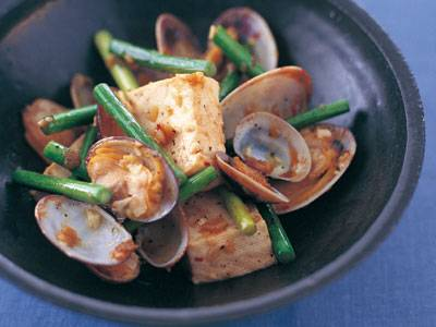 あさりと豆腐のにんにくソテー レシピ 本多 京子さん 【みんなのきょうの料理】おいしいレシピや献立を探そう