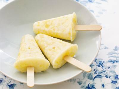 つぶつぶパイナップルヨーグルトアイスキャンデー