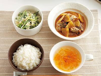 栗原家のさばのみそ煮・親子丼・ガーリックトース …