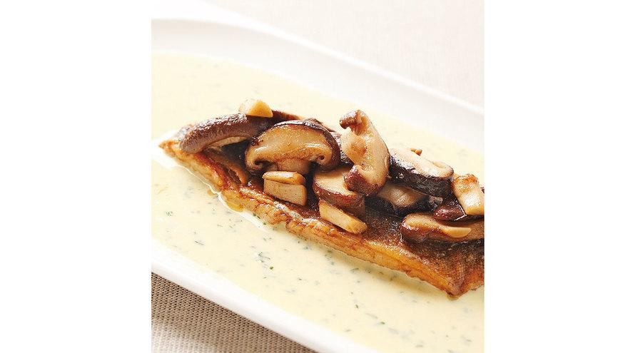 魚のムニエル昆布のうまみソース レシピ 三國 清三さん|【みんなのきょうの料理】おいしいレシピや献立を探そう
