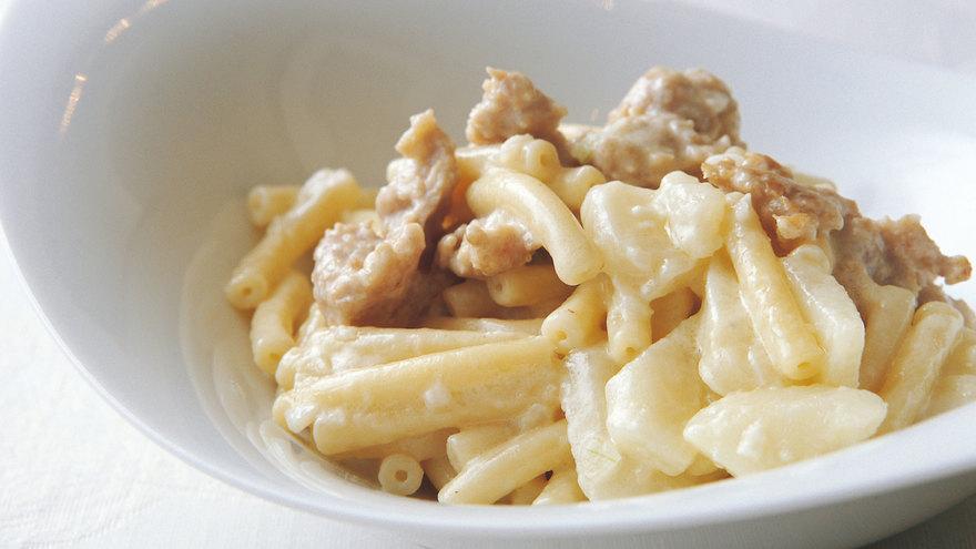 鶏肉とじゃがいものクリームソースパスタ レシピ 笹島 保弘さん|【みんなのきょうの料理】おいしいレシピや献立を探そう