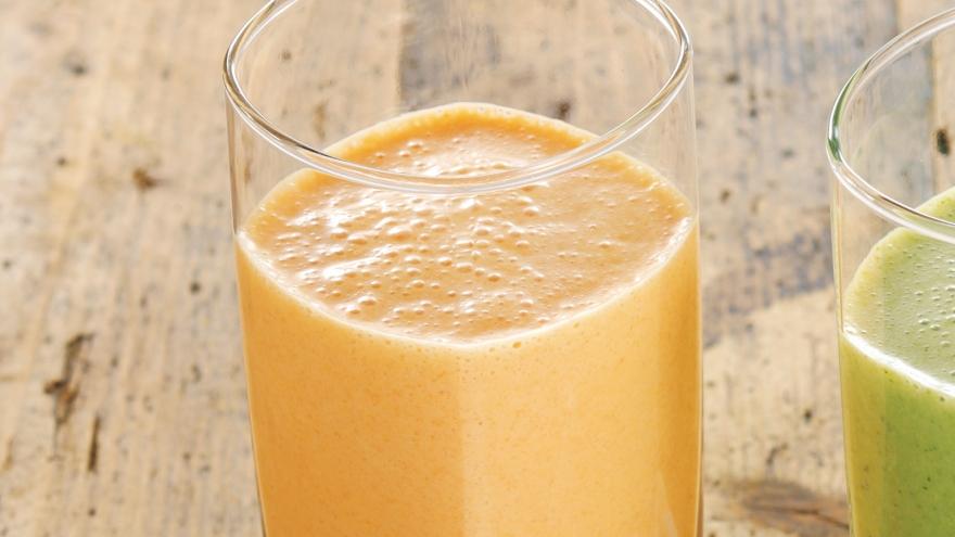にんじんとりんごの豆乳スムージーのレシピ画像