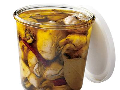 牡蠣 の オイル 漬け うま味たっぷり牡蠣のオイル漬けのつくり方。パスタや炒め物にも