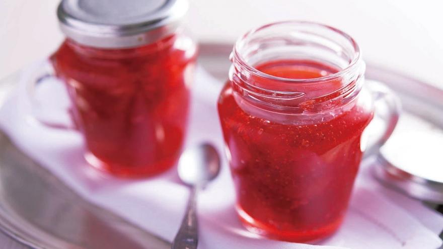 イチゴ ジャム 砂糖 の 量