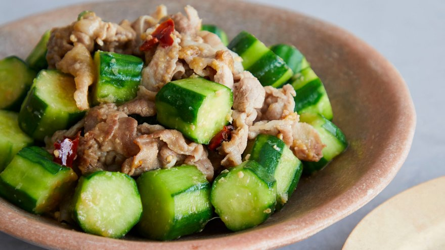 【今日の料理】【今日の料理】きゅうりと豚肉のスタミナ炒め